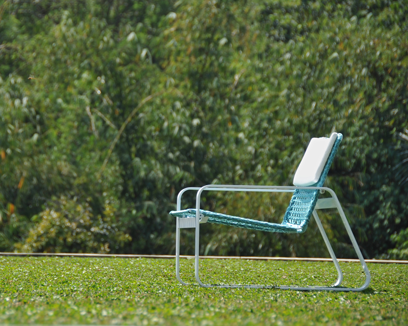 Casual Outdoor Summer Entertaining | Outdoor drapes